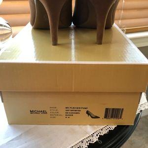 Michael Kors Shoes - BNWOT Michael Kors Flex Mid-Pump Heels Sz. 8